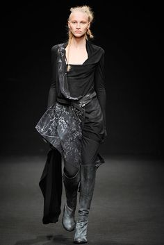 A.F. Vandevorst | Fall 2010 Ready-to-Wear Collection | Style.com