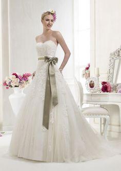 Collezione abiti da sposa #Colet 2012, abito da #sposa 63469G