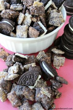 Cookies And Cream Puppy Chow | Mommy On Demand #puppy chow #oreo #chex mix