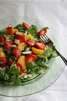 spinach strawberry salad...always a yummy summer salad
