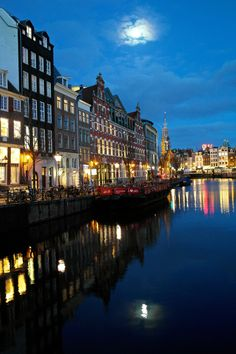 Amsterdam by night by Claartje Michels on 500px