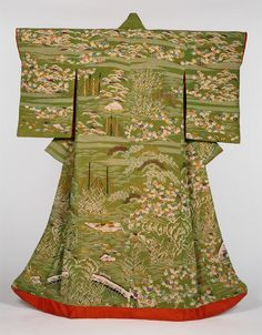 Woman's Kimono (Uchikake), made in Japan in the first half of the 19th century