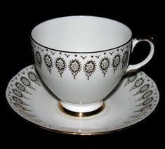 Queen Anne Gold Gilt Teacup at Classy Option - Queen Anne Bone ...