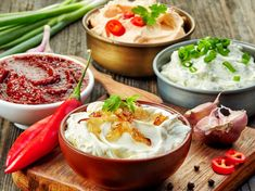 Be sure to try the best Thermomix dips - Cousine plus - Easy Appetizer Recipes, Dip Recipes, Sauce Recipes, Summer Recipes, Cooking Recipes, Simple Appetizers, Shawarma Sauce, Guacamole, Hummus