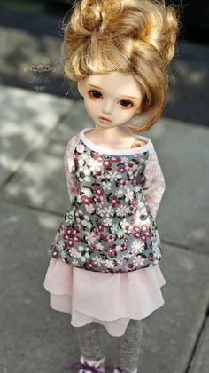 Bimong Chuu head, Nouria 24 by *Meikemuis on deviantART (young girl bjd)