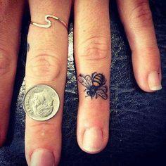 arı dövmesi bee tattoo