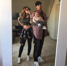 Image about love in ACE Family ♠️ by Afternoon Tease ❀ Cute Family, Baby Family, Family Goals, Couple Goals, Cute Relationship Goals, Cute Relationships, The Ace Family Youtube, Ace Family Wallpaper, Catherine Paiz