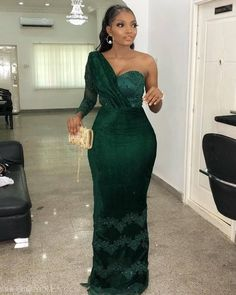 13 Green Aso-ebi Lace Styles To Spark up Your Look for Your October Events. Aso Ebi Lace Styles, Lace Gown Styles, African Lace Styles, African Lace Dresses, African Wedding Dress, Latest African Fashion Dresses, African Bridesmaid Dresses, Ankara Styles, Nigerian Dress Styles
