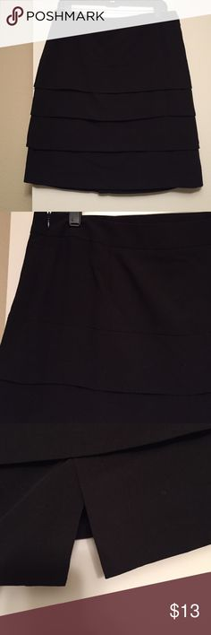 "Larry Levine Stretch Skirt Excellent condition! Zipper on the side and slit is in the back. Ruffles. Very sexy! 22"" long Larry Levine Skirts Mini"