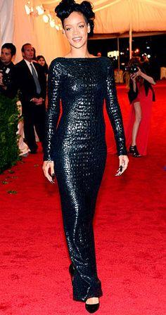 Rihanna Tom Ford luxury crocodile dress,  crocodile leather belts, genuine leather, skin, snake skin, skulls, luxury shopping, crocodile accessories, crocodile bracelets, woman`s belts, jeans belts, Plácido de la Rosa, fashion, python skin, ring rock, gürtel, buckles, http://shop.placidodelarosa.com/en/