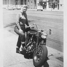 Source by markforkel Lady Biker, Biker Girl, Moto Scrambler, Vintage Biker, Classic Harley Davidson, Motorcycle Bike, Motorcycle Girls, Old Bikes, Vintage Motorcycles