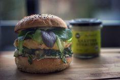 Fisch Burger mit Mangold