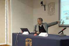 """II Foro """"Prospectiva de la Mediación Tecnológica en Educación"""". Presentación de las visiones del Seminario, Dr. Víctor Germán Sánchez. Lunes 23 de noviembre de 2015, en el Auditorio de la CUAED, dentro de las actividades del PAPIME: Visiones sobre la Mediación Tecnológica en Educación."""