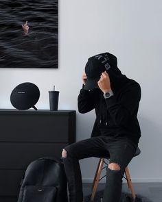 How black is your dressing room? Black And White Aesthetic, Black Love, Black Men, Urban Fashion, Mens Fashion, Street Fashion, Black Rooms, Look Dark, Black Apple
