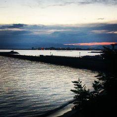 Shared by sin_na_nananana #landscape #contratahotel (o) http://ift.tt/216nSk8 #sunsetporn #beach #paisajes #paisajesdeldia #mundopaisajes #magicpict #lumix #bellezanatural #girona #roses #catalunya