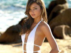 2e5b5aa9c9a7e Miranda Kerr bra size on actressbrasize.com http   actressbrasize.com