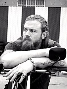 Ryan Hurst! Aka Opie in Sons of Anarchy. Gorgeous !
