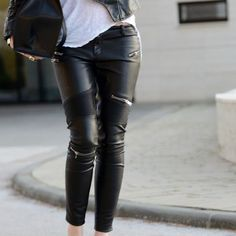 Zara Moto leather zipper pants Size medium. Great condition. Purchased from  Zara Zara Pants 151bef22b