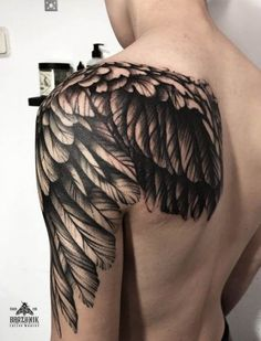 wing of a tattoo- татуировка крыла. wing of a tattoo wing tattoo. wing of a tattoo - Tribal Back Tattoos, Wing Tattoos On Back, Feather Tattoos, Body Art Tattoos, Sleeve Tattoos, Back Tattoo Men, Eagle Wing Tattoos, Trendy Tattoos, Tattoos For Guys