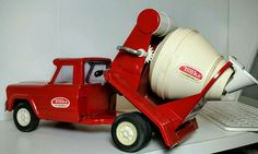 Red 1964-1970 Tonka Pressed Steel Jeep Cement Mixer #1077 Mound Minn VINTAGE!   #Tonka #Jeep