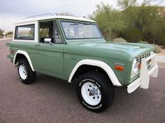 1970 Ford Bronco I would love to have one of these guys .