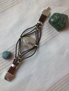 2.93. azteca spider Loom Bracelets, Macrame Bracelets, Jewelry Bracelets, Jewelery, Diffuser Jewelry, Leather Jewelry, Leather Craft, Jewelry Making Beads, Beaded Jewelry