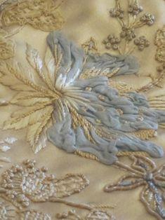 Embroidery Statin Stitch Lesage sample ~ interesting manipulation of fleecy fabric among needlework stitches . more on site . Tambour Beading, Tambour Embroidery, Couture Embroidery, Types Of Embroidery, Silk Ribbon Embroidery, Beaded Embroidery, Embroidery Stitches, Embroidery Patterns, Floral Embroidery