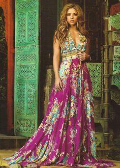 I love Shakira and I love that dress