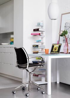 The perfect home-office task-chair:GasfromSTUA.Image fromDesign Within Reachcatalogue.STUA Design Blog