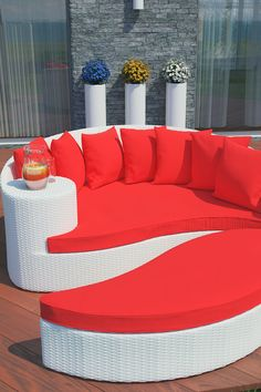 Taiji Outdoor Wicker Patio Daybed with Ottoman - White/Red