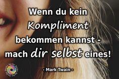 Und falls DU heute noch keines bekommen hast: DU bist einzigartig! DU bist wunderbar! DU bist gut so, wie du bist! Schönes Wochenende euch allen und ein herzliches DANKE, dass es euch gibt! ❤️ #seiso #zitate #ichbingutsowieichbin #achtsamkeit #mentaltraining #freiheit #lebensweisheiten #leben #freude #liebe #spiritualität #fühlen #jetzt #dermoment #gegenwart #wundervoll #wunder #meinleben #unglücklich #veränderung#persönlichkeitsentwicklung #universum Mental Training, Motivation, Movie Posters, You Are Wonderful, Have A Good Weekend, Self Love, Freedom, Universe, Film Poster