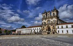 Mosteiro de Alcobaça, aspecto fachada principal