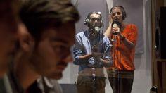 Im Tonstudio der WAM gibt's professionell was auf die Ohren. www.wam.de