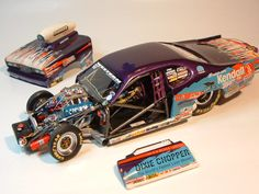 Custom built models that replicate vehicles or objects that are seen in everyday life like junked cars and old buildings. There is a heavy interest in drag race vehicles and hot rods as well. Model Cars Kits, Kit Cars, Rc Drag Racing, Nascar Engine, Model Cars Building, Dodge Charger Daytona, Miniature Cars, Plastic Model Cars, Drag Cars