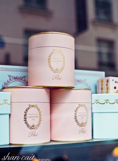 I love this tea from Laduree in Paris. Tea Packaging, Packaging Design, Macarons, Laduree Paris, Packaging Inspiration, Branding, Banana Split, Box Design, High Tea
