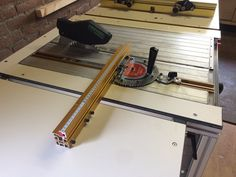 Diy saw router table with cs70 incra miter and incra ls diy saw router table with cs70 incra miter and incra ls positioner festool cs 50 70 item pinterest router table keyboard keysfo Image collections