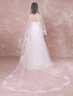 Cathedral Wedding Veil Lace Trim Applique Flower Tulle 1-Tier Bridal Veil With Comb