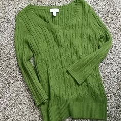 Cable knit sweater Gently used item in great condition peridot color with 3/4 length sleeves. Ann Taylor Sweaters