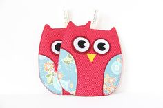 Owl Pot Holders for kitchen in Red and Teal, Hot Pads, Oven Mitts, on Etsy, $15.00