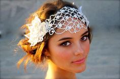 {LOVE} this vintage style headpiece ♥