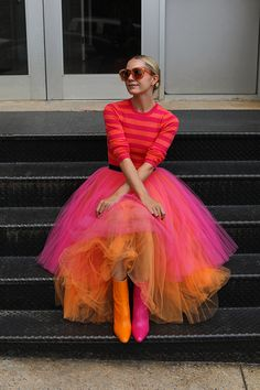 Blair Eadie wearing a two-toned tier skirt with mismatched shoes // See more bright outfits and tulle skirts on Atlantic-Pacific Color Blocking Outfits, Whimsical Fashion, Colorful Fashion, Mode Outfits, Fashion Outfits, Womens Fashion, Fashion Hacks, Skirt Fashion, Fashion Tips