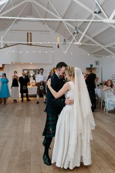 A 1940s Vintage Gown and Shades of Coral for an Elegant Wedding at Crear in Scotland   Love My Dress® UK Wedding Blog