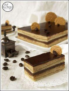 ildi KOKKI : Opera szelet Valerie Cakes, Opera Cake, Cake Bars, Hungarian Recipes, Sweets Cake, Four, Cake Cookies, How To Make Cake, Nutella