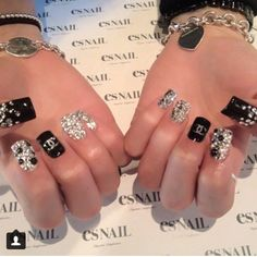 CAN YOU SAY BLING! These Chanel inspired nails with rhinestones are all that! | nail art ideas | ideas de unas | #nailart #nails #naildesign