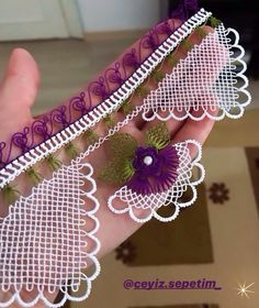 More Tutorial and Ideas Filet Crochet, Crochet Lace, Needle Lace, S Pic, Baby Knitting Patterns, Sewing Clothes, Decoupage, Crochet Necklace, Coin Purse