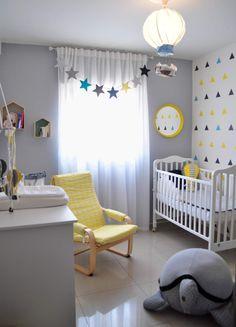 Sternenwimpelkette VOR dem Vorhang... Gute Idee