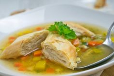 Thai Red Curry, Snacks, Meat, Chicken, Ethnic Recipes, Food, Soups, Kitchens, Soups And Stews