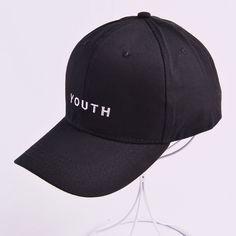 Gioventù lettera ricamato berretti uomo amante delle donne berretto da  baseball del cappello di snapback nero bianco sunhat gorras san Valentino  hombre ... 990ecf6e7e40