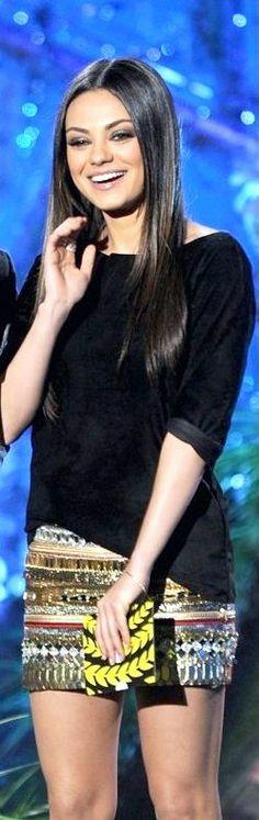 Mila Kunis #celebrity #fashion