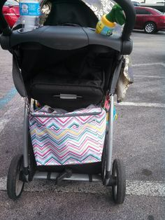 Thirty one out n about thermal...perfect for hanging on a stroller :)